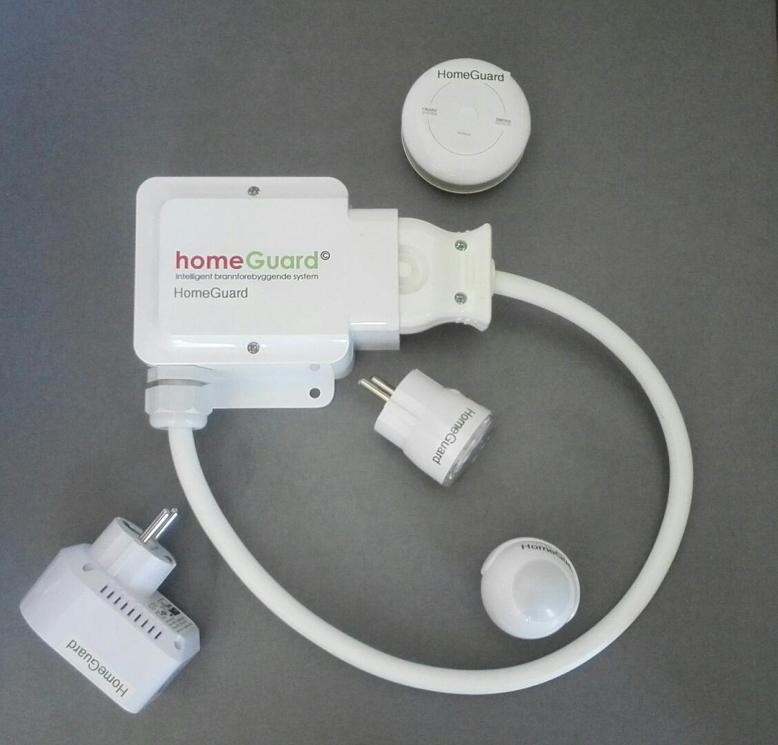 Komfyrvakt, apparatvakt x2, røykdetektor og bevegelsessensor samkoblet